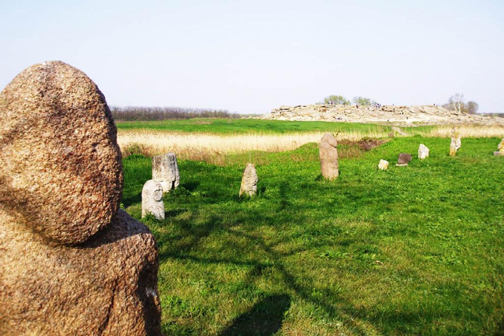 кменная могила экскурсия